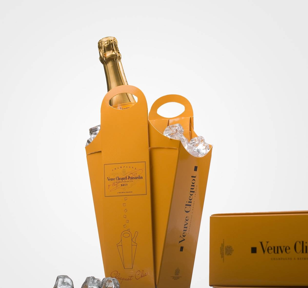 Veuve Clicquot (tricky box)