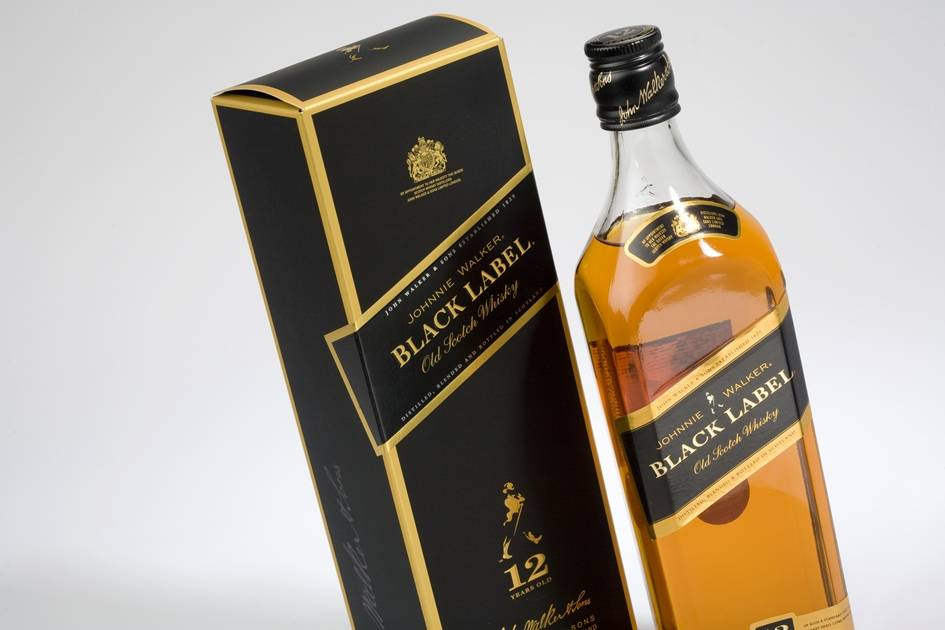 Johnnie Walker Black Label 70/75 cl carton