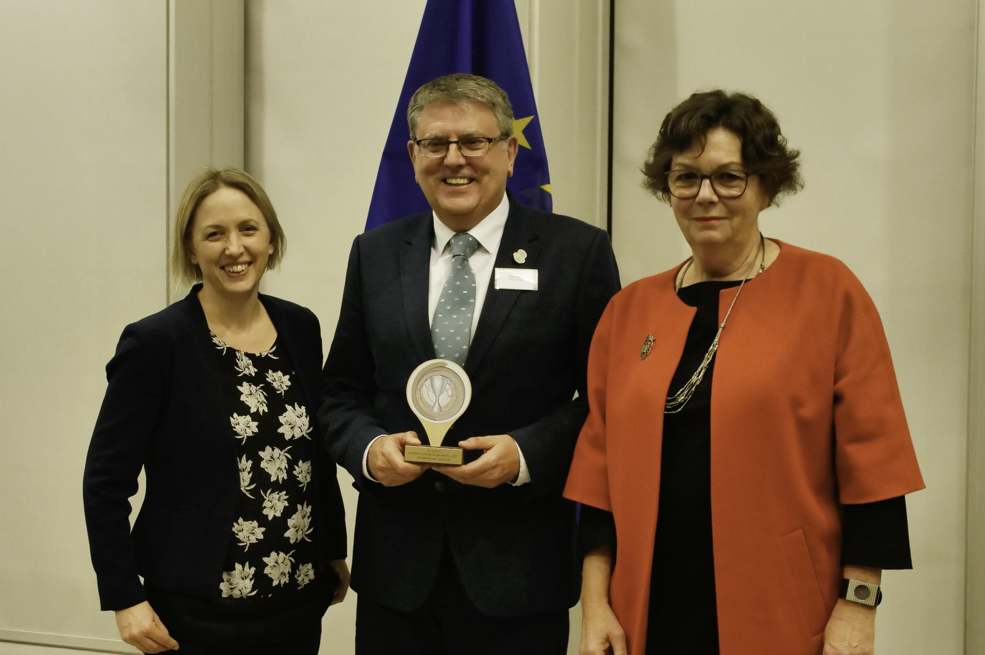 Pro Carton gana el Premio Europeo