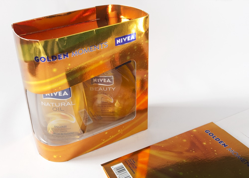 Nivea Golden Moments