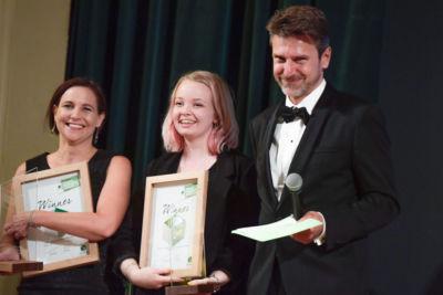 60 Marie Falk, Erika Svensson mit Horst Bittermann, President Pro Carton